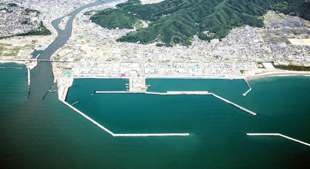 石巻漁港全景(平成27年6月撮影)